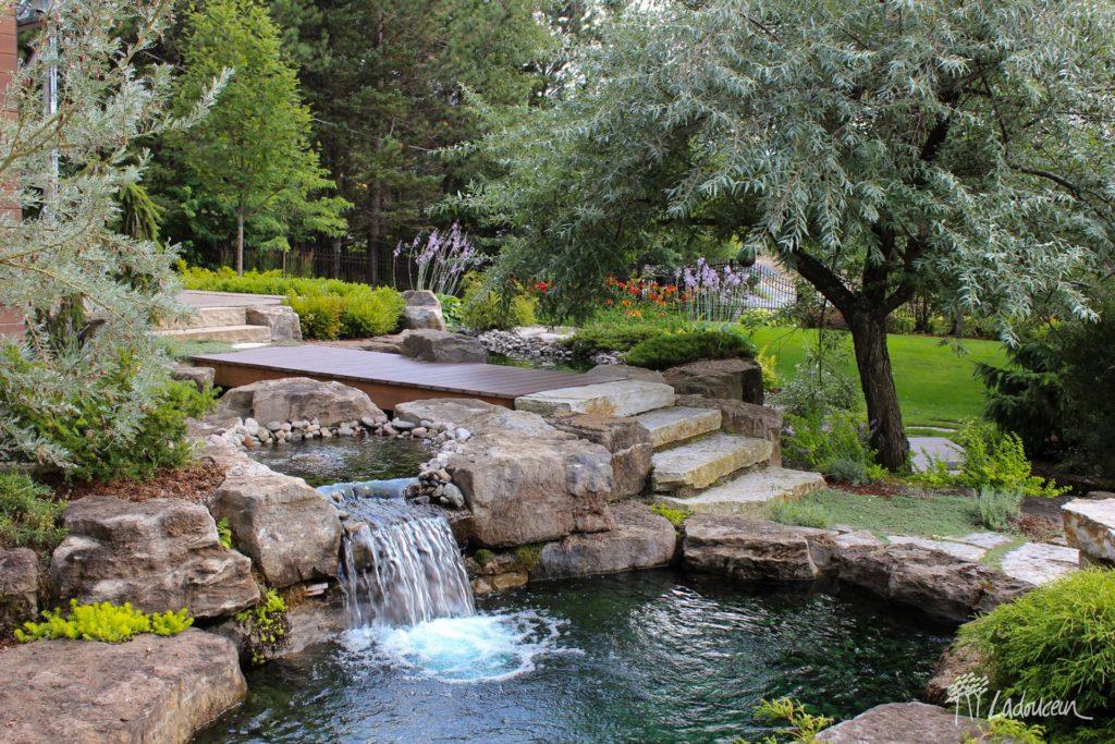 Parfait Jardin Deau Bassin Deau Casacade Deau Roches Naturelles Pierres Naturelles  Amenagement Paysager Splendide Par Ladouceur